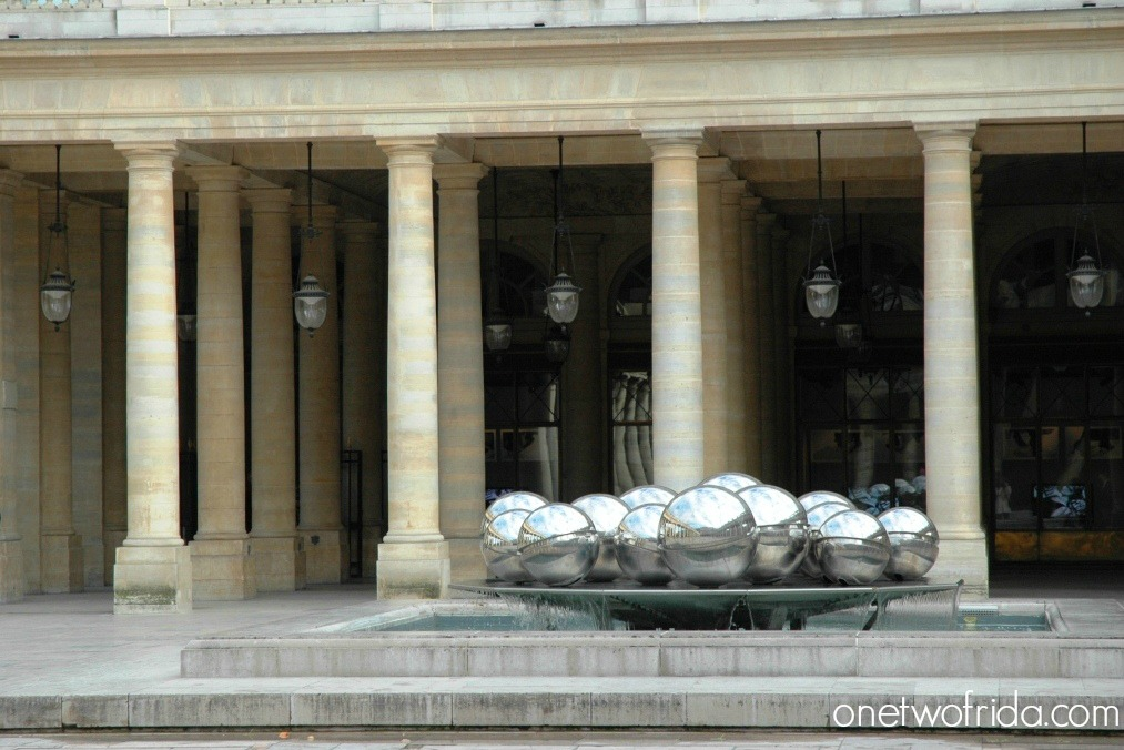 Sfere di Bury, Palais Royal - Parigi