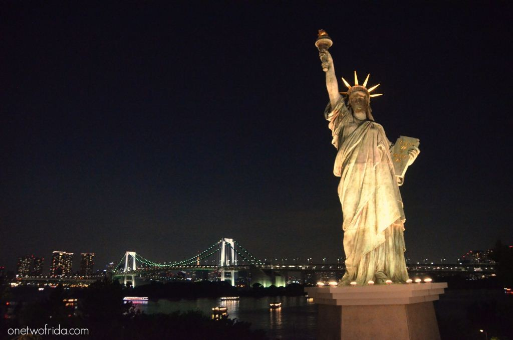 TOKYO – VISTA DELLA BAIA DA ODAIBA
