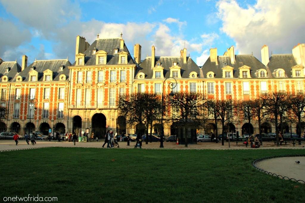Parigi: place des vosges