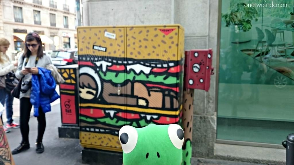 Tv boy - energy box - milano street art