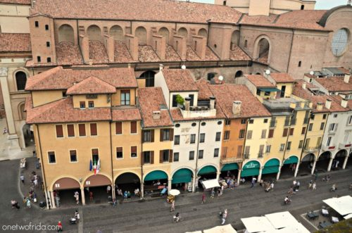 Piazza Erbe a Mantova