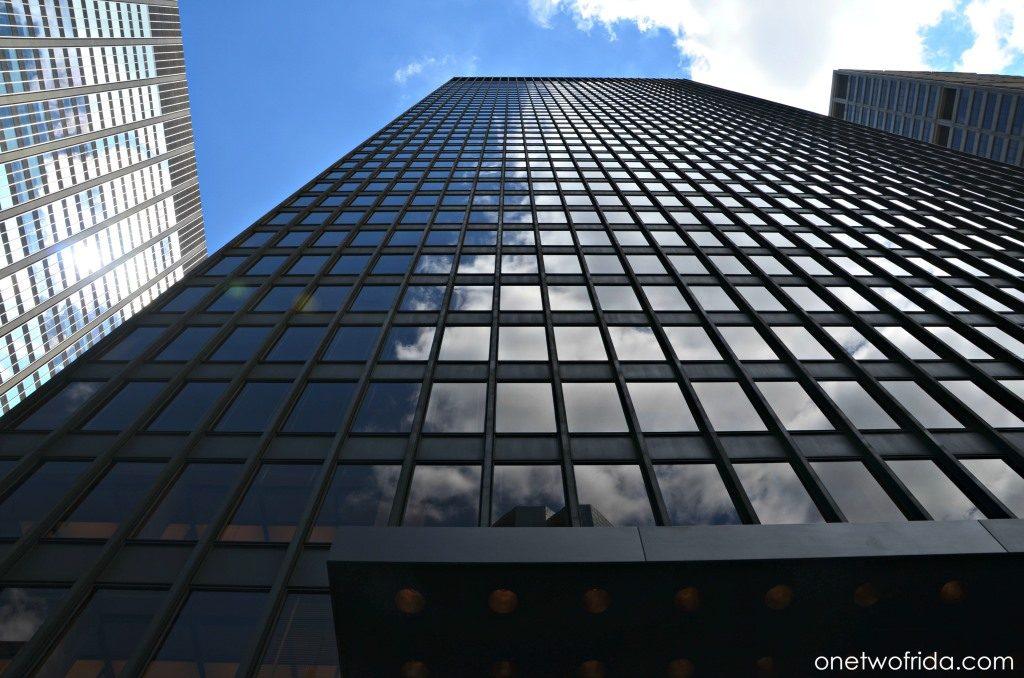 Seagram Buiding, architettura a New York