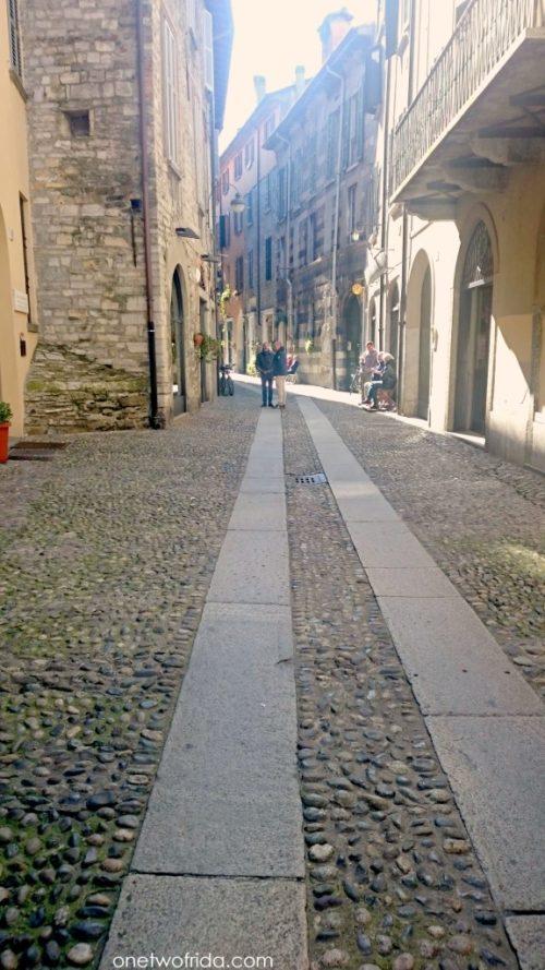 Via Vittani a Como