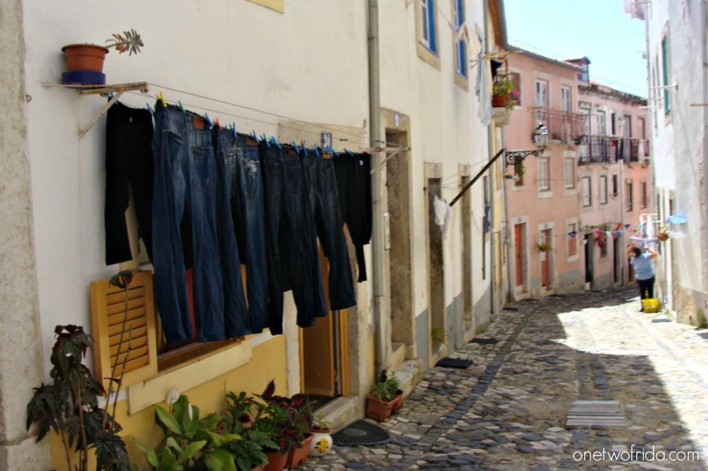 Vicoli dell'Alfama a Lisbona