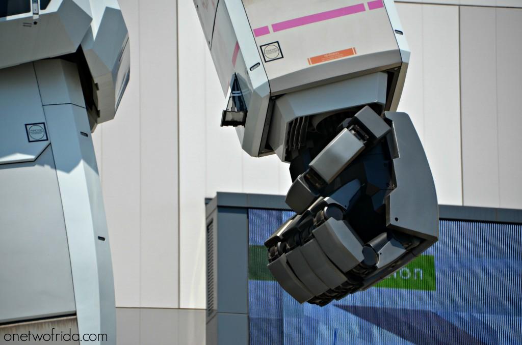 Gundam mano